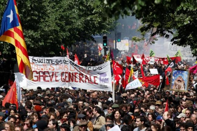 Paris MayDay 19 Reuters
