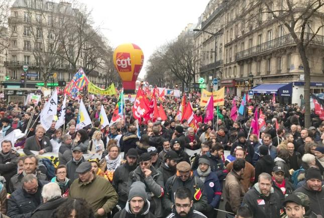Lead-paris-strike